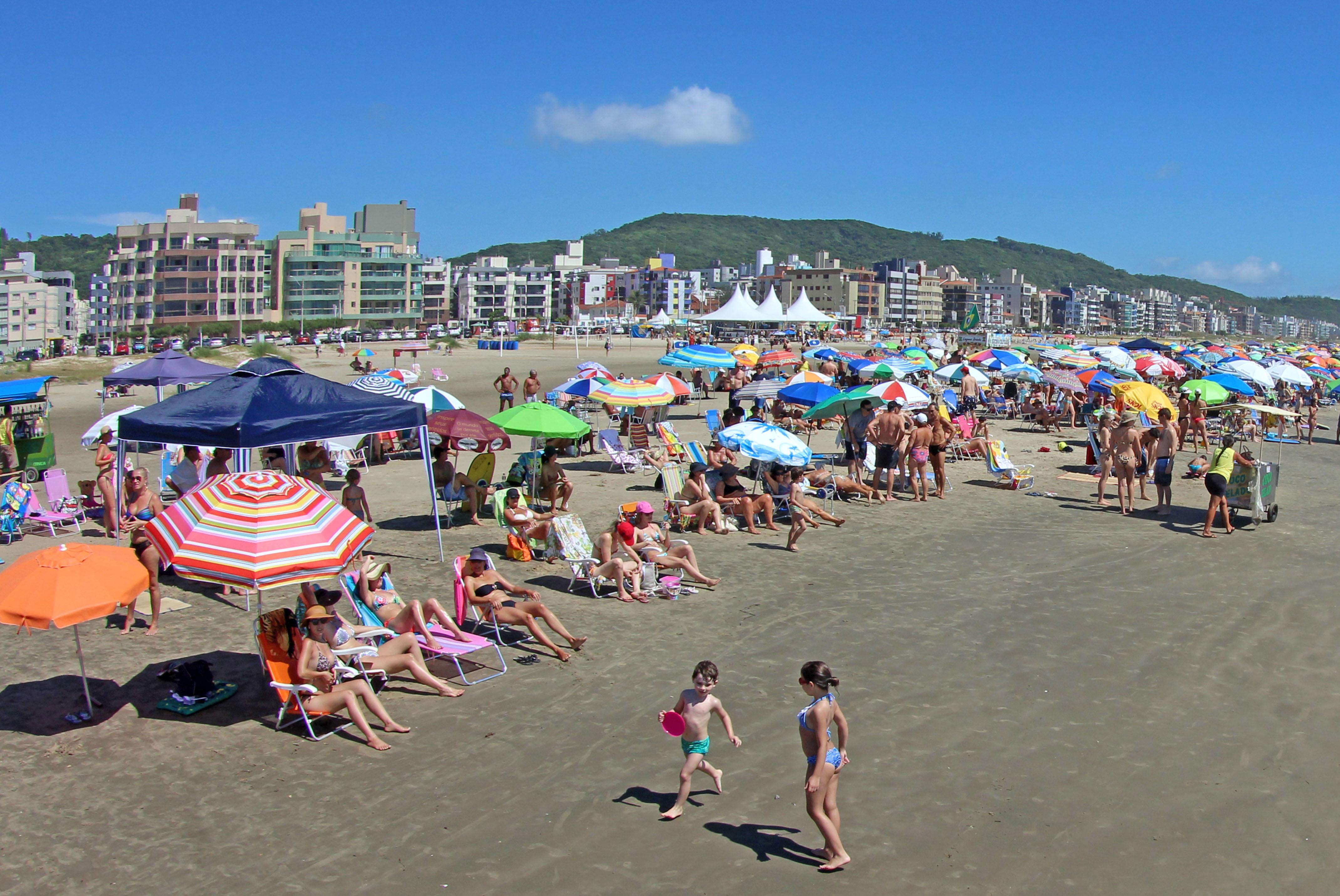 Bate e volta pelas praias de Santa Catarina
