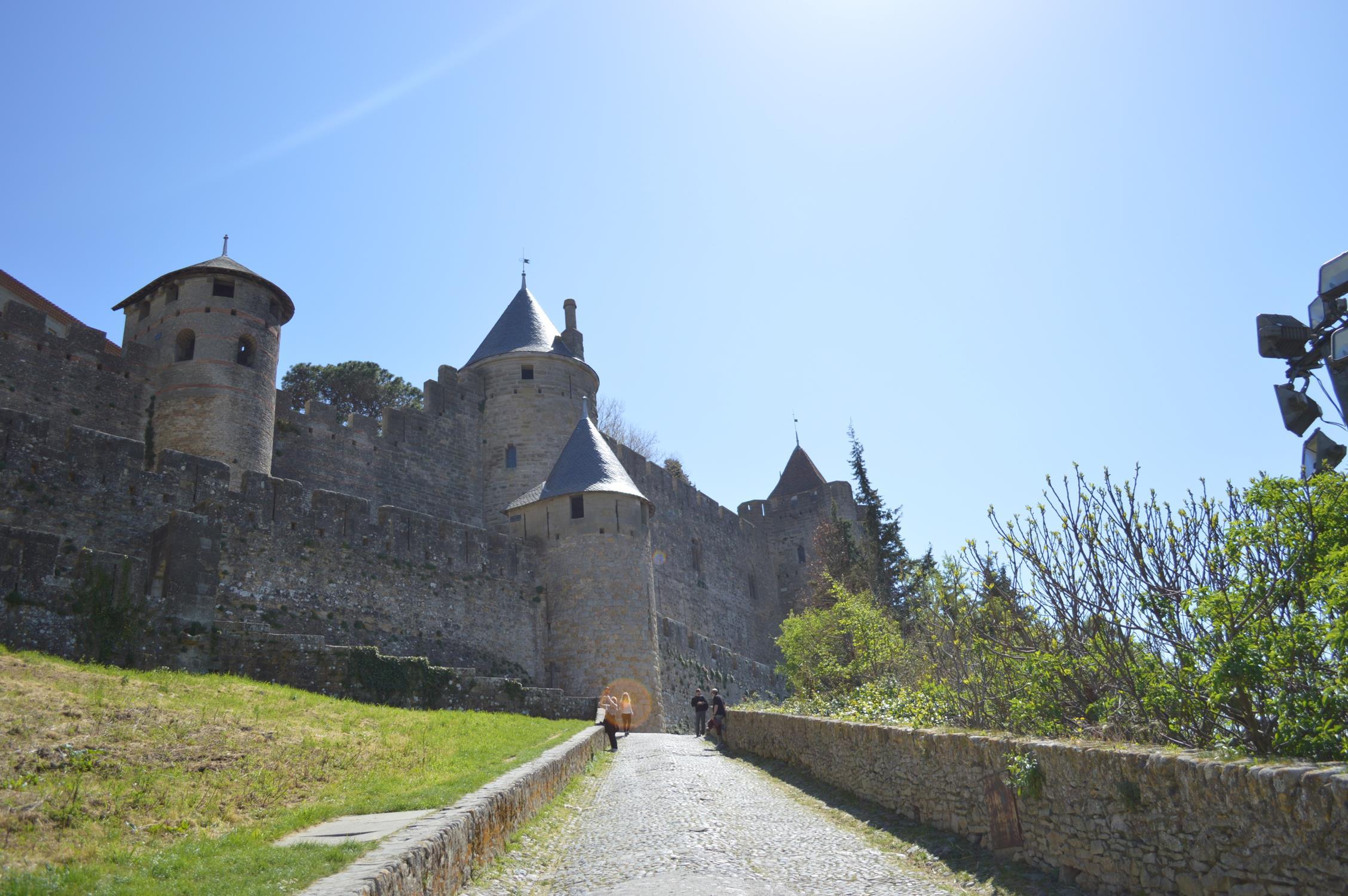 Carcassonne: cidade medieval na França