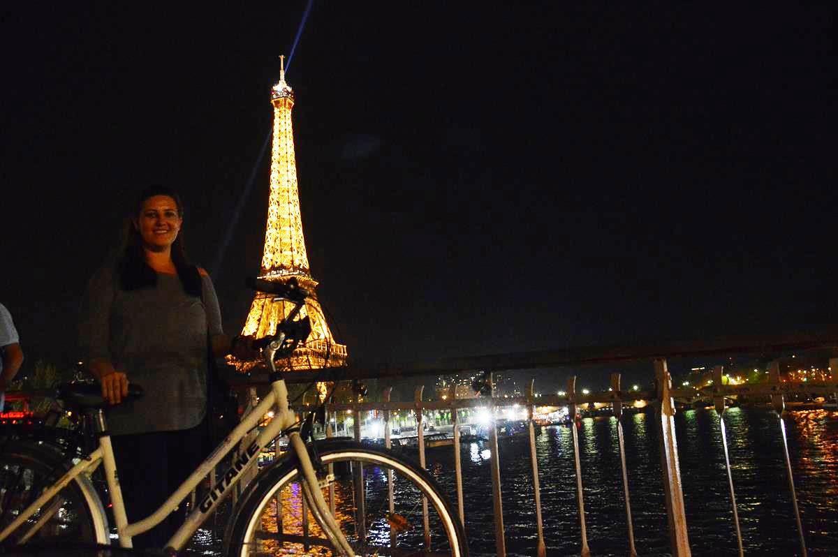 Passeio de bike em Paris