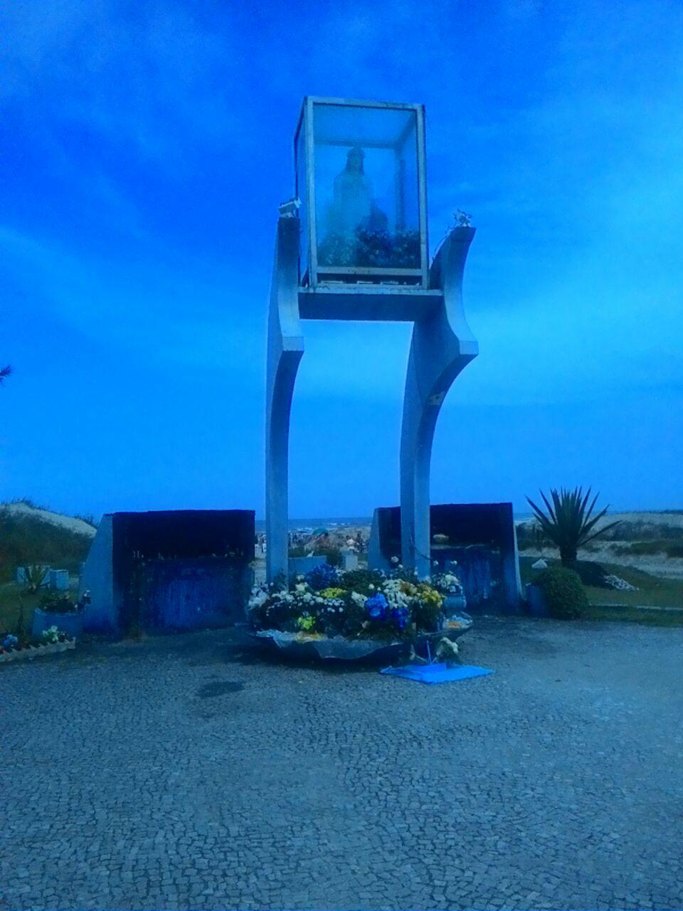 Monumento à Iemanjá em Capão da Canoa