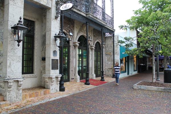 Coconut Grove: compras, gastronomia e passeio agradável no bairro de Miami